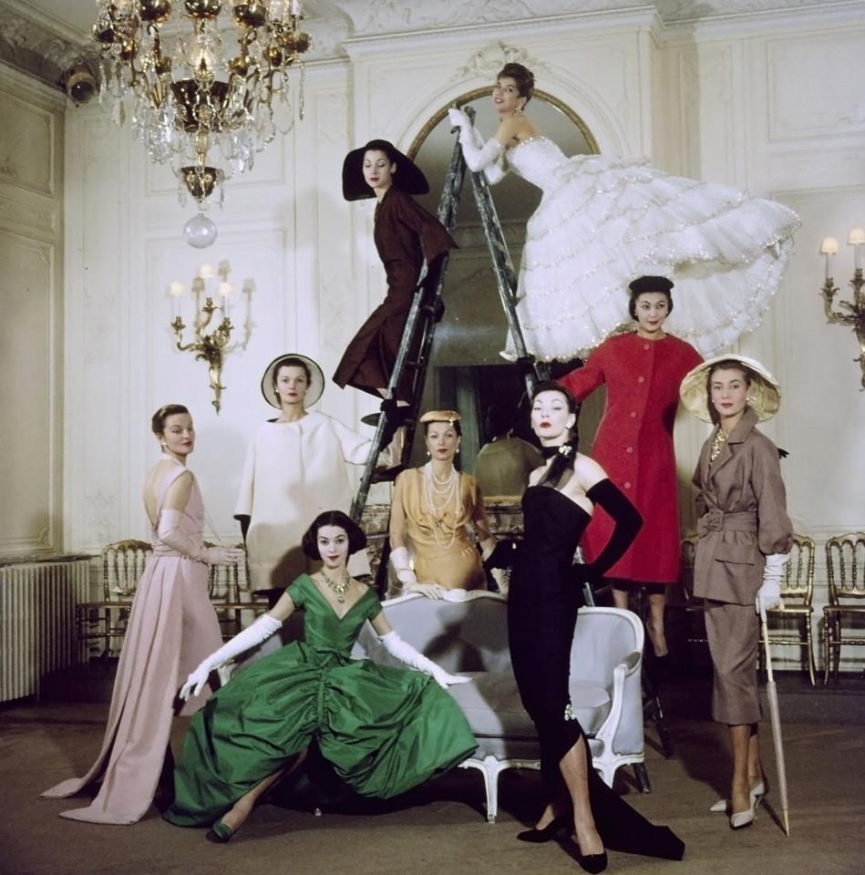 Dior, photographed by Loomis Dean - 1957.jpg