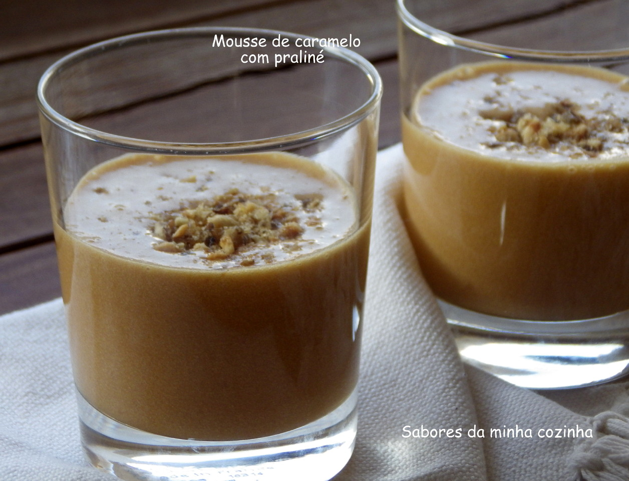 IMGP5709-Mousse de caramelo com praliné-Blog.JPG