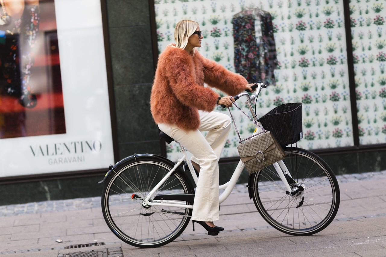 copenhagen-bike-fashion-week-street-style-01.jpg