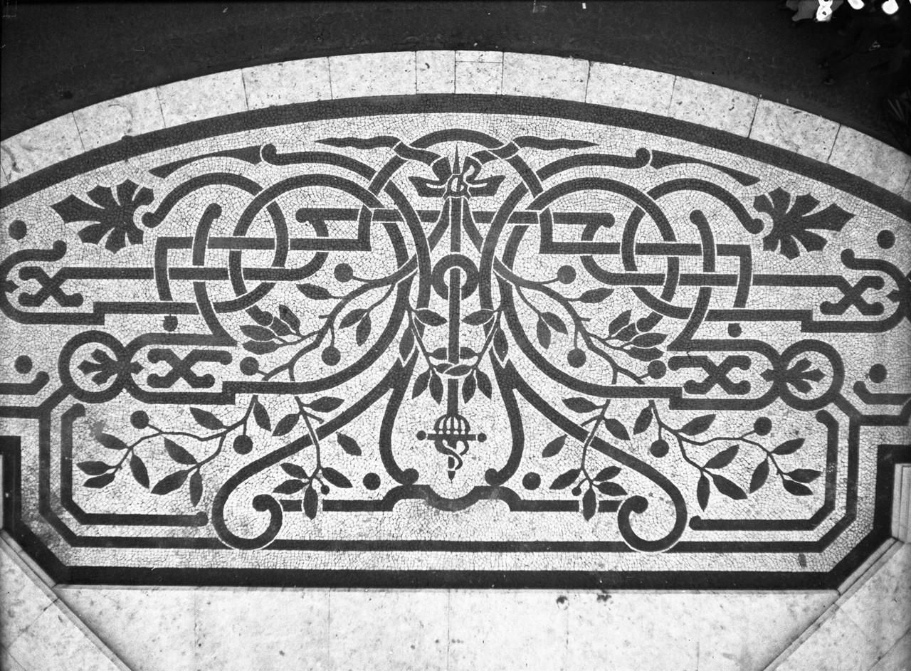 Calçada portuguesa, Restauradores, 1940, foto de