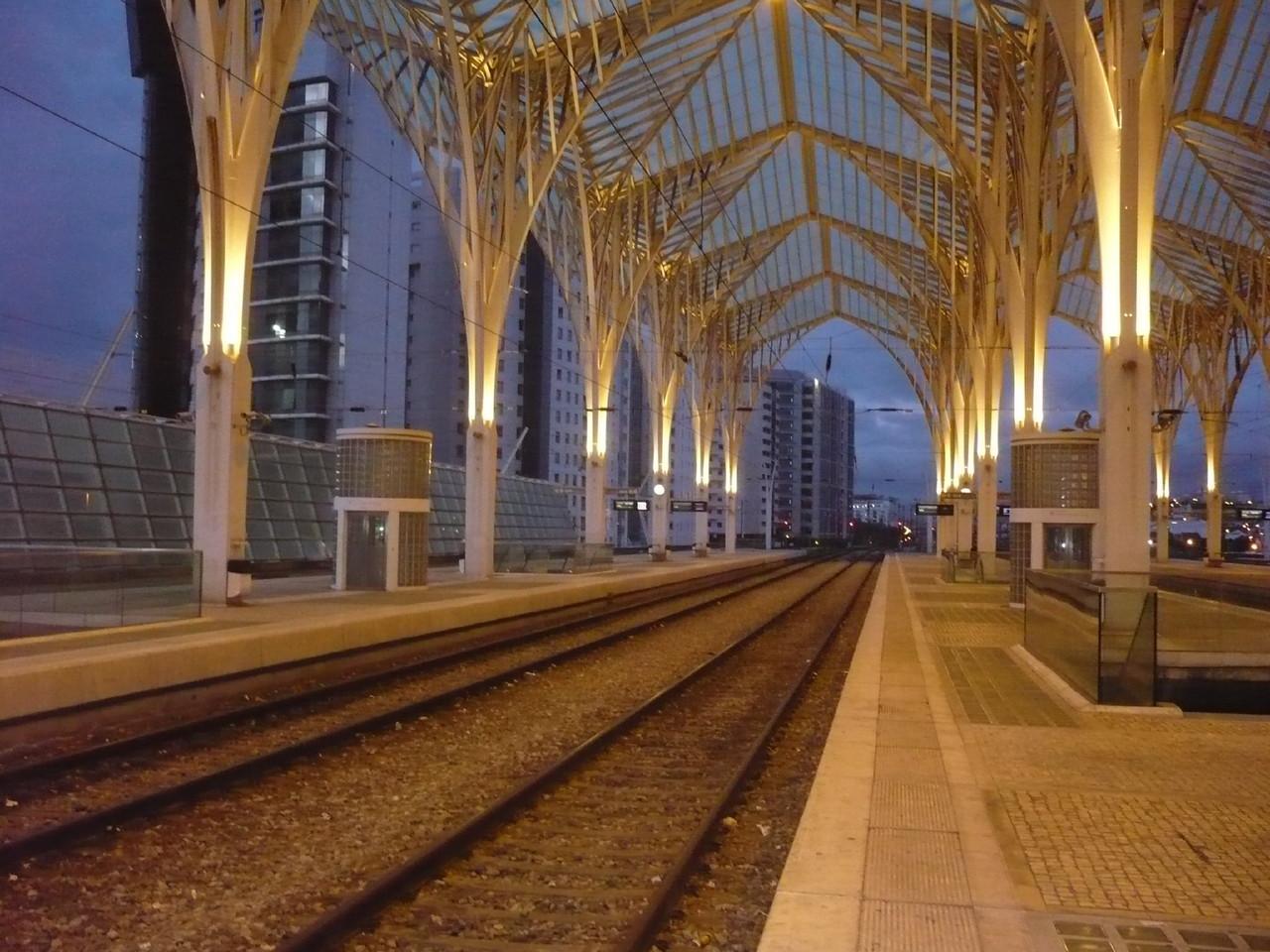gare do oriente Lisboa 7 da manhã.JPG