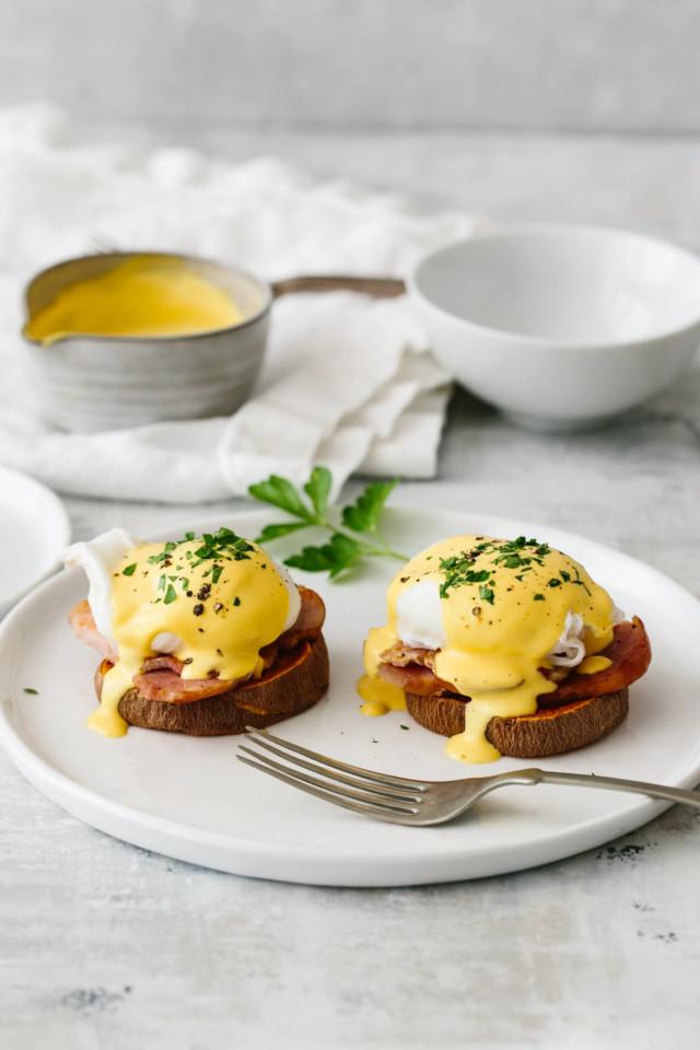 Healthy-Eggs-Benedict-5.jpg
