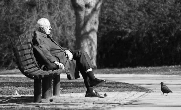 old-man-bg.jpg