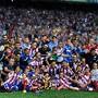 A. Madrid pousa para a foto