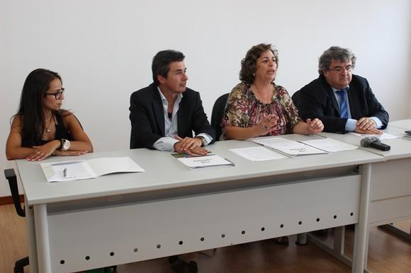 Assinatura protocolo Incubadora TecCaminha (6)
