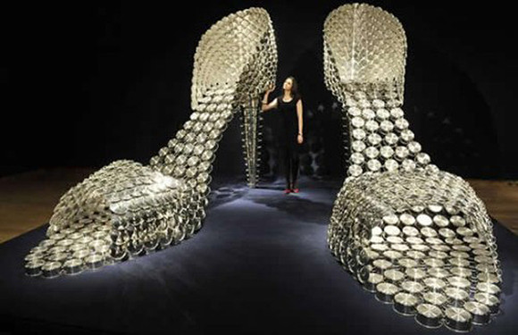 Joana-Vasconcelos-Stainless-Steel-Pot-Shoes-001.jp