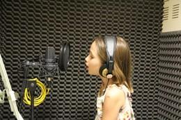 Ídolos Kids – Caetana Barreto é a primeira finalista