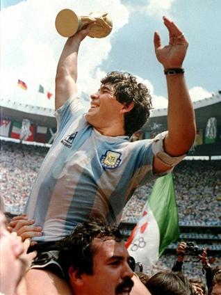 O céu azul foi sempre o limite de Maradona...