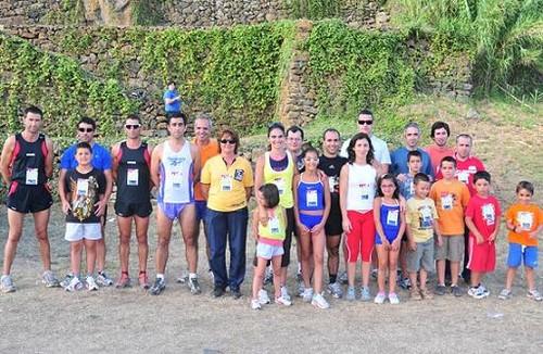 O grupo de atletas presentes na edição deste ano...