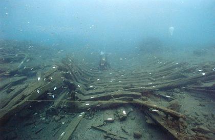 Foto de Paulo Monteiro, retratando os vestígios de um dos naufrágios em Angra...