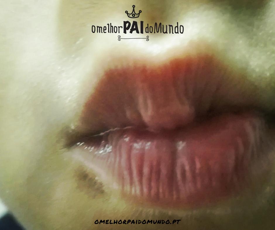Um beijinho com os lábios bem hidratados
