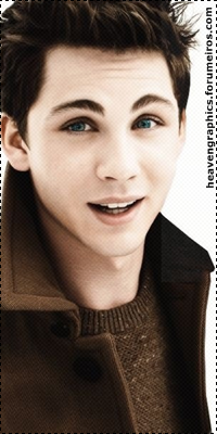 Logan Lerman 15191376_QguZ9