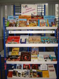 Exposição de livros e DVD em francês na Biblioteca Escolar